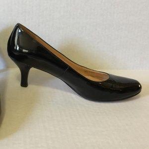 Cole Haan Black Patent Leather Pumps 10 B Classic